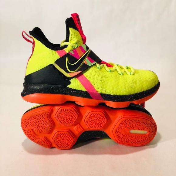 45bf242e984 Nike Lebron 14 HWC Ultimate Warrior WWE GS. M 5c0b6f7f03087c586cf8f17b